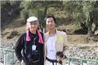 (2010年)与法国摄影家、佛教徒佩德罗在新疆巴里坤采风